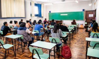 Projeto cria bolsa emergencial para estudantes de faculdades privadas durante pandemia
